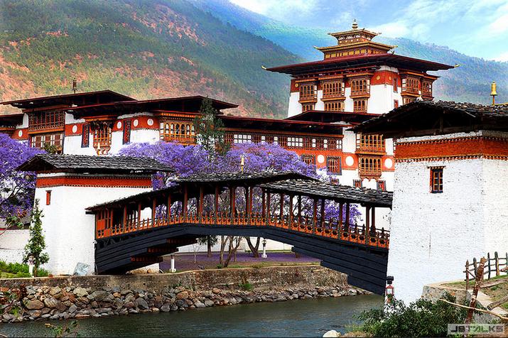 拥抱幸福指数最高的雷龙之国--不丹