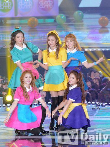 SM娛樂冬季企劃公開新主人公 Red Velvet接棒18日推新曲