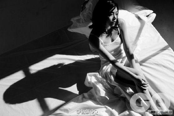 陳妍希婚前大解放 最激性感「深深乳溝」