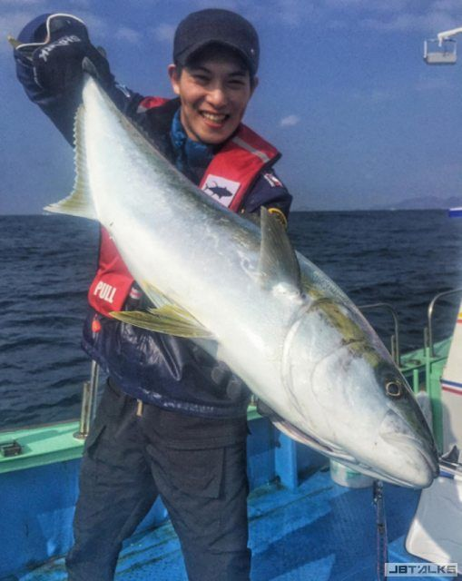 CNBLUE宗泫釣百米大魚 專家激讚極有天分