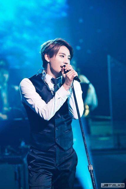 JYJ俊秀獻唱《太陽的後裔》原聲帶 空降音樂榜冠軍