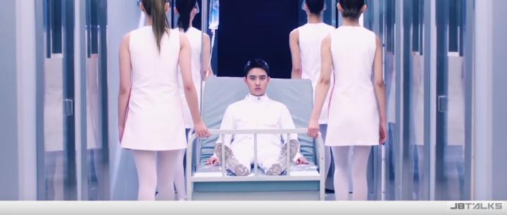 EXO雙主打歌空降一、二名 MV半天衝破百萬