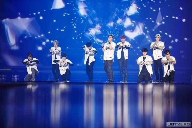 EXO超養眼溼身秀 露肌誘惑8.4萬粉絲