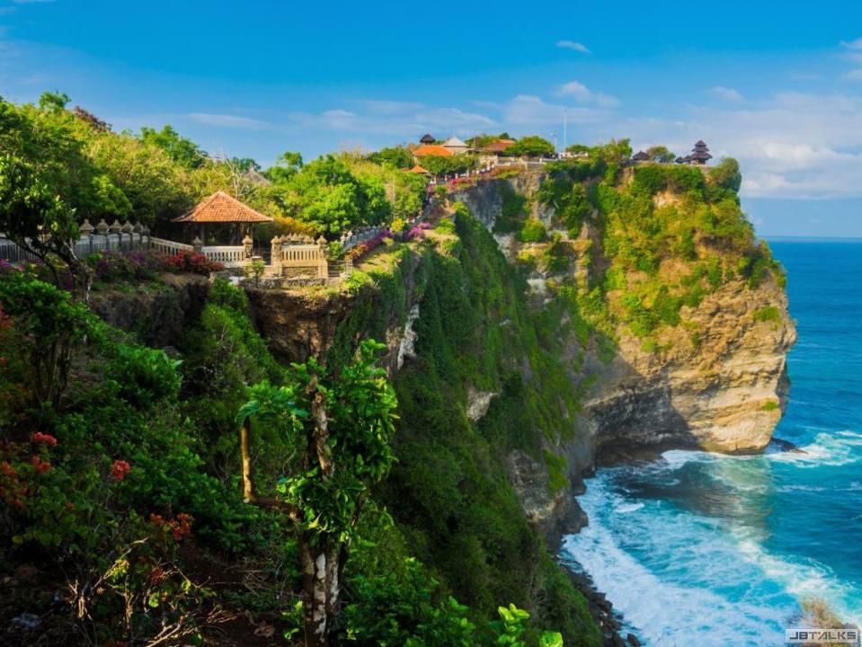 Uluwatu-Temple-.jpeg