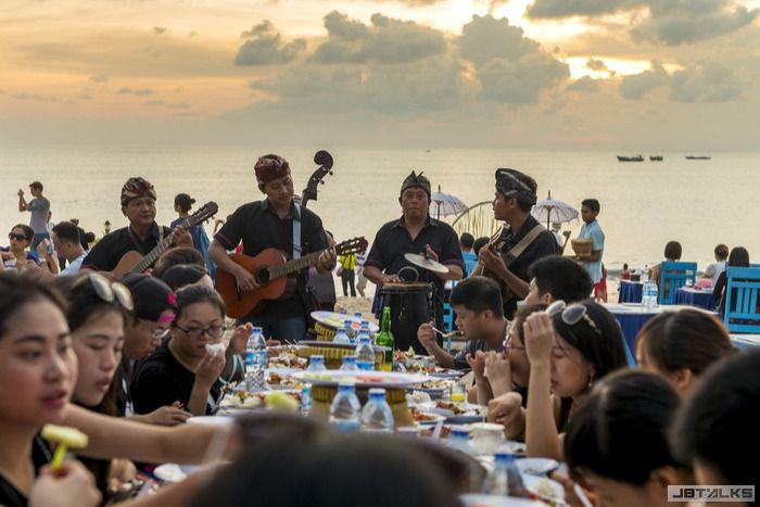 Jimbaran-Beach-Seafood.jpg
