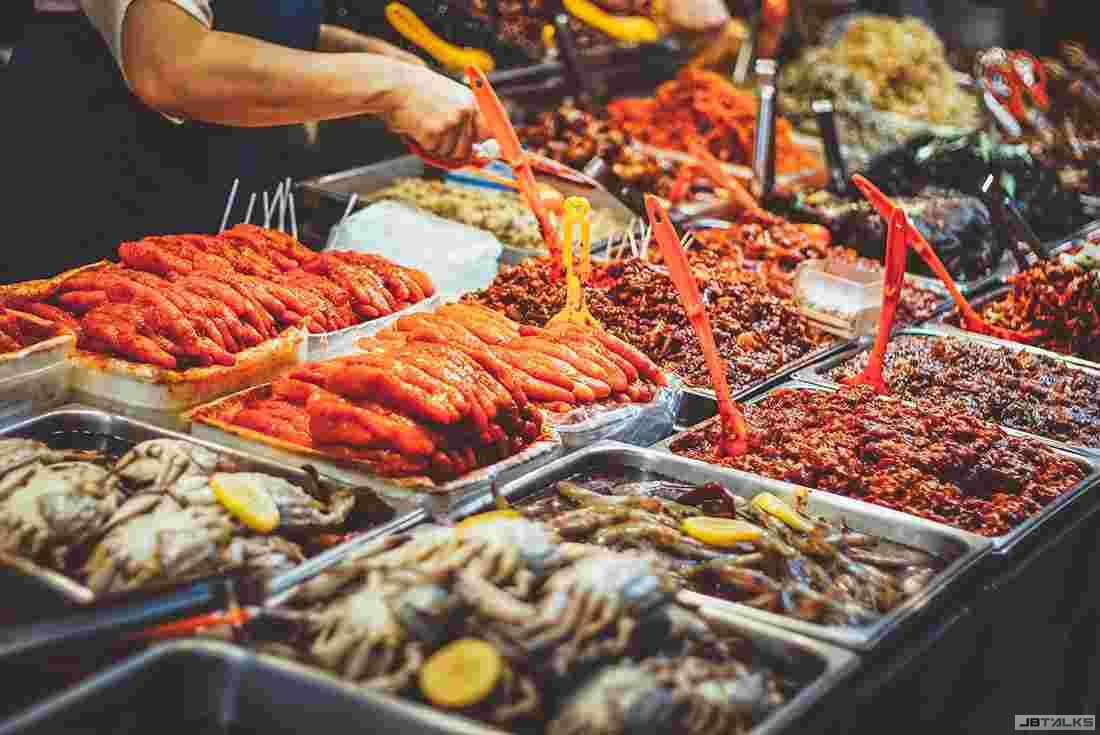Gwangjang Market2.jpg